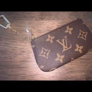 Louis Vuitton Coin Pouch!!